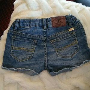 Lucky Brand shorts size 5(kids)